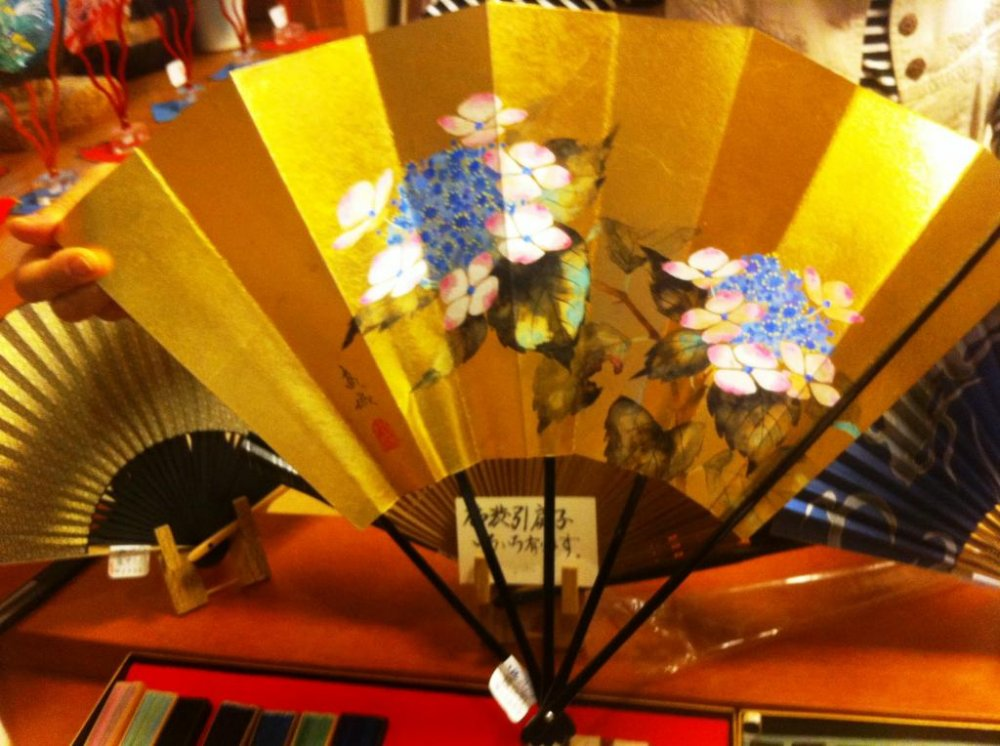Flowers of every season beautifully portrayed at the Hangesho Artisan Fan and Handicraft shop in Kyoto