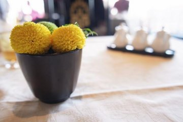 It is the delicate touches like fresh flowers that make waking up a joy at Marriott Associa Hotel Nagoya