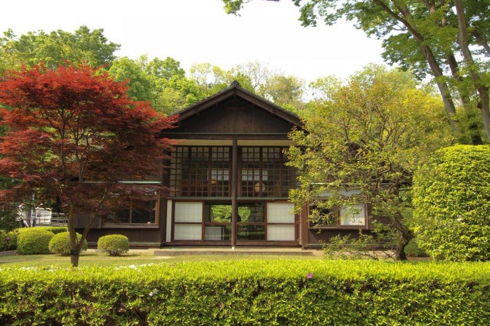 Дом Кунио Маекавы снаружи