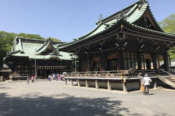 Великолепная архитектура храма Мисима Тайся