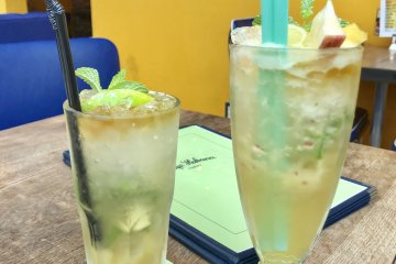 There are a wide range of alcoholic drinks on the menu, including mojitos
