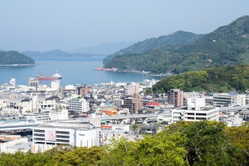 The castle stands on a hill overlooking the city, with a beautiful view across the bay; Uwajima Daiichi hotel is situated at the foot of this hill