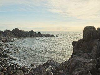 The bay at Jūroku Rakan Iwa