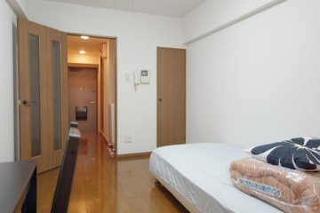A sample single room