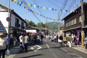 For a week, the town of Arita buzzes with a festive atmosphere and a remarkable number of visitors - nearly one million over the course of the fair!