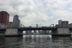 Kachidoki Bridge used to open to let ships through.