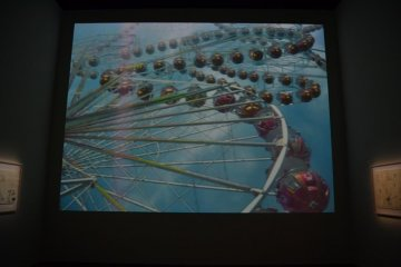 Movies about visualisation of an extreme ferris wheel.