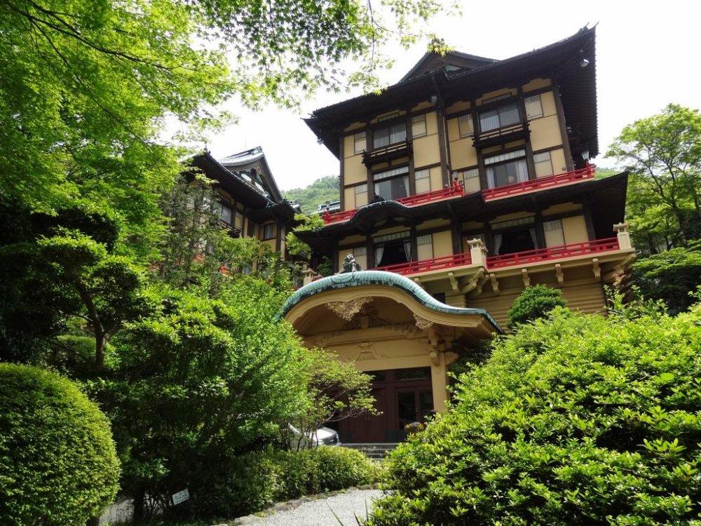 Flower Palace được cho là nơi sang trọng của khu nghỉ dưỡng