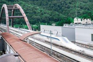 Chuyến chạy thử nghiệm trên tuyến Maglev Yamanashi