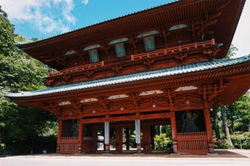A Spiritual Stay in Mount Koya