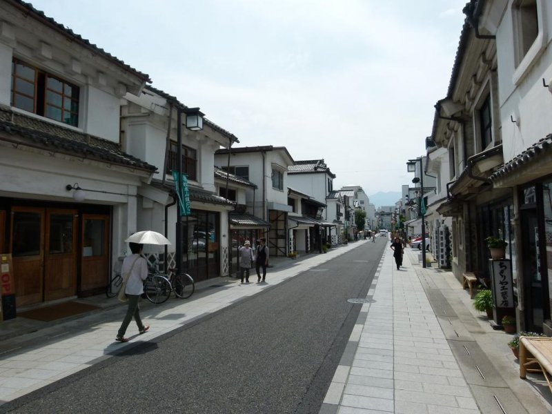 Nakamachi-dori view from the end