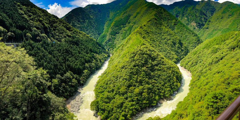 The breathtaking Hi (ひ) Gorge