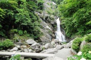 Mikaeri Waterfall in Saga