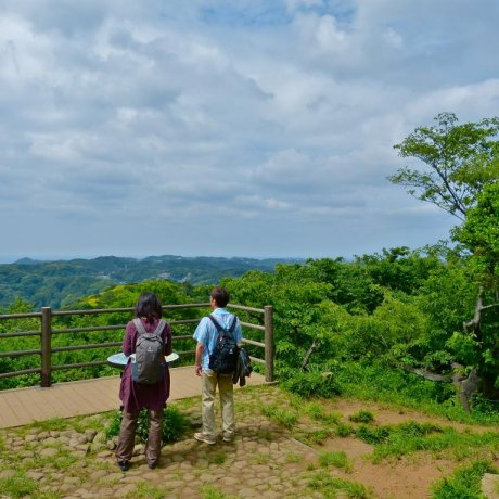 Rokkoku-kenzan Hiking Trail