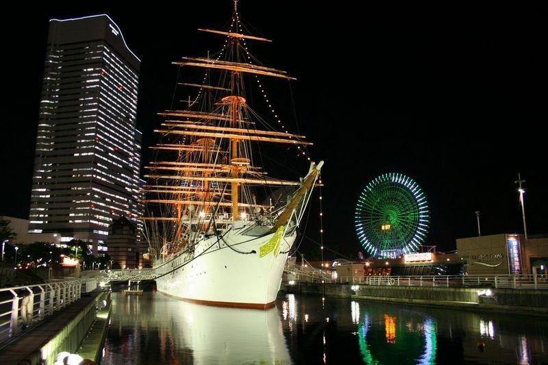 """""""港未来""""( みなとみらい)下的""""日本号""""(日本丸)及1号码头的遗址。"""