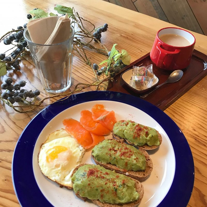 A Delicious Breakfast at Luce