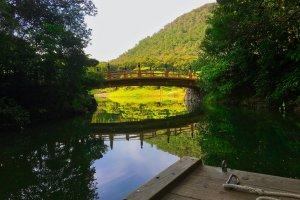Geishun-kyo, Ritsurin Garden