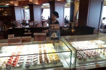 可以吃到ISHIYA独家甜点的咖啡店