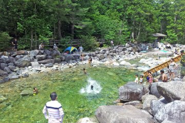 Summer fun in the streams of the Akazawa Natural Recreational Forest
