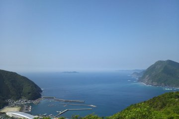 """View of the Pacific Ocean from the village station """"Takahira Observation Park"""""""