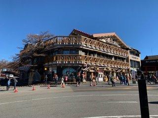 A souvenir shop at stage 5 (2305m) of Mount Fuji