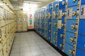 На станции также имеются камеры хранения