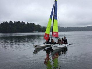 Nojiri Lake Resort memiliki papan dayung, perahu dayung, kayak, dan catamaran untuk disewakan