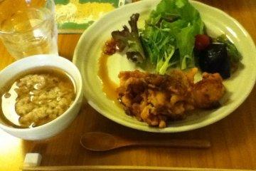 主食的雞肉料理