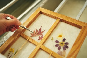 Try your hand at woodcrafting and decorating
