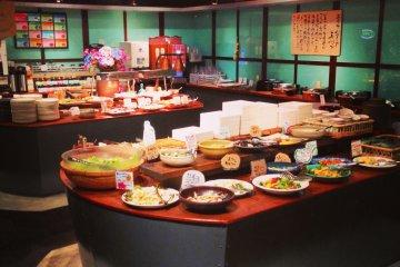 บุฟเฟต์ร้าน Roan ที่ฮิโรชิม่า