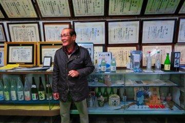 Tokun Sake Brewery tour guide