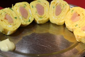 Featured here is the chef's recommendation: mentai tamago yaki (scrambled egg with spicy cod roe).