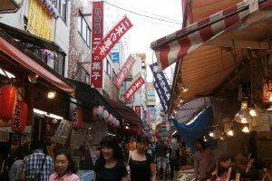 The alley to Tokudaiji
