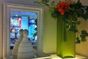 Barang-brang untuk dekorasi interior