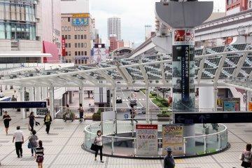 Kokura Station has high-tech solar panels to aid in energy efficiency.