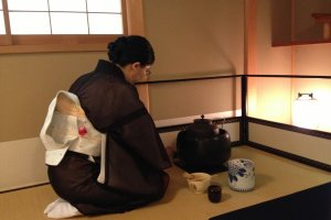 Zen like minimalism at the Tea Room Juan, an authentic tea ceremony room just 15 mins walk from Kyoto Station