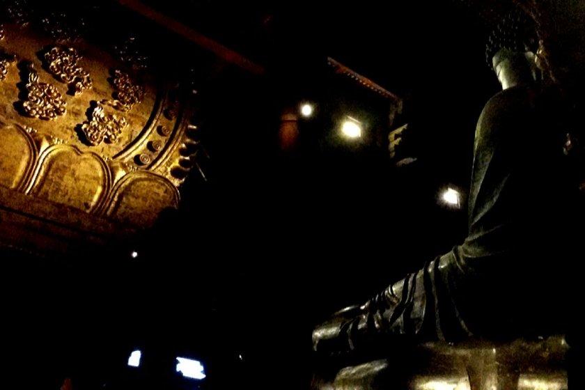 东大寺本尊卢舍那佛坐像