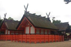 Alguns dos edifícios do santuário Sumiyoshi Taisha