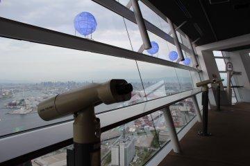景点还配有望远镜