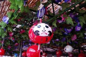 the adoriable Daruma Windchimes of Kawasaki