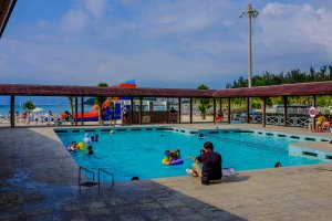 A great feature of Kariyushi Beach is it's children's pool