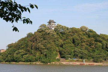 Inuyama Castle over the Kiso River