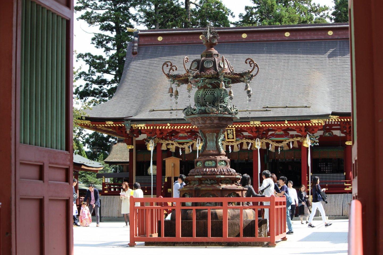 Lantern in the center of Shiogama Shrine