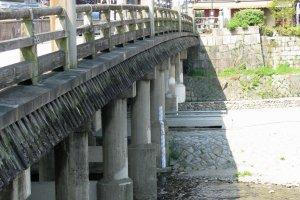Современный вид знаменитого моста