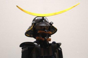 Знаменитый шлем с ассиметричной дугой