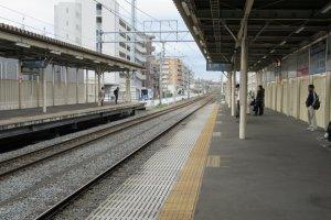 Чистые платформы обычных поездов