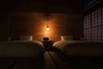 Moody lighting in 107 Naguri Wall