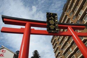 The torii gate of Osaki Hachimangu