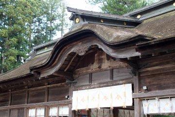 I love old wooden shrines