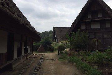 """Так выглядели дома в деревне """"Син-эцу"""""""